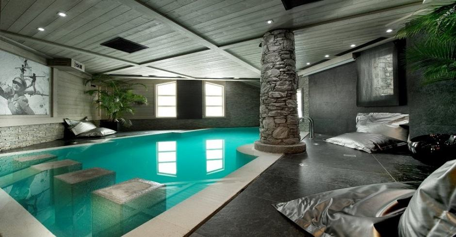 Chalet White Pearl - Val d'Isere. Luxury chalets in France with swimming pools