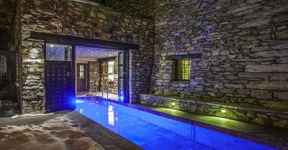Chalet Himalaya - Val d'Isere. Luxury chalets in France with swimming pools.