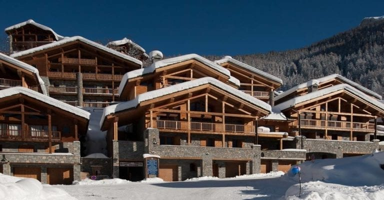 Chalet Grand Solliet 5 Bedroom - sleeps 10, Sainte Foy,