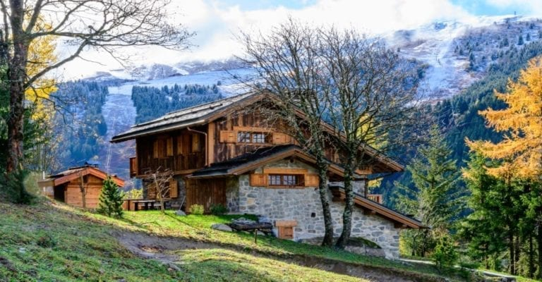 Chalet Bambis 5 Bedroom sleeps 8 Adults + 2 Children, Meribel