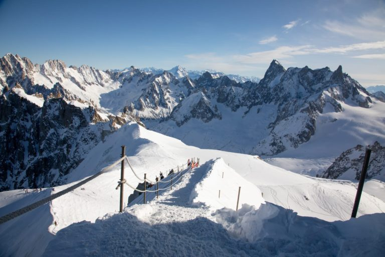 World's Best and Longest Off-Piste Ski Run - La Vallée Blanche - Chamonix Mont-Blanc