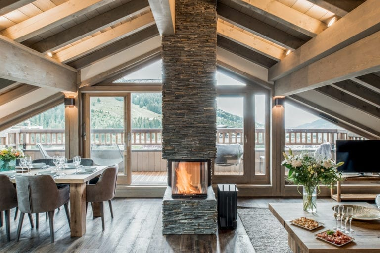 Mammoth Lodge 4 Bedroom Penthouse D13 Courchevel Moriond (34)