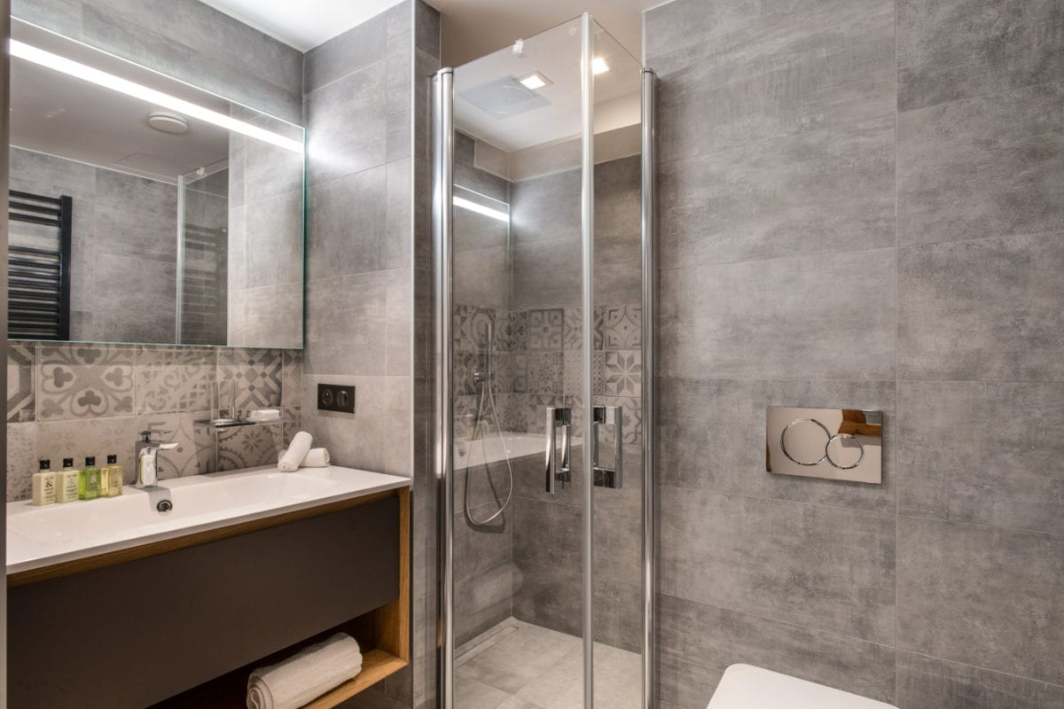 Manali Lodge 2 Bedroom + Cabin Apartment Suite Lhotse - Courchevel Moriond